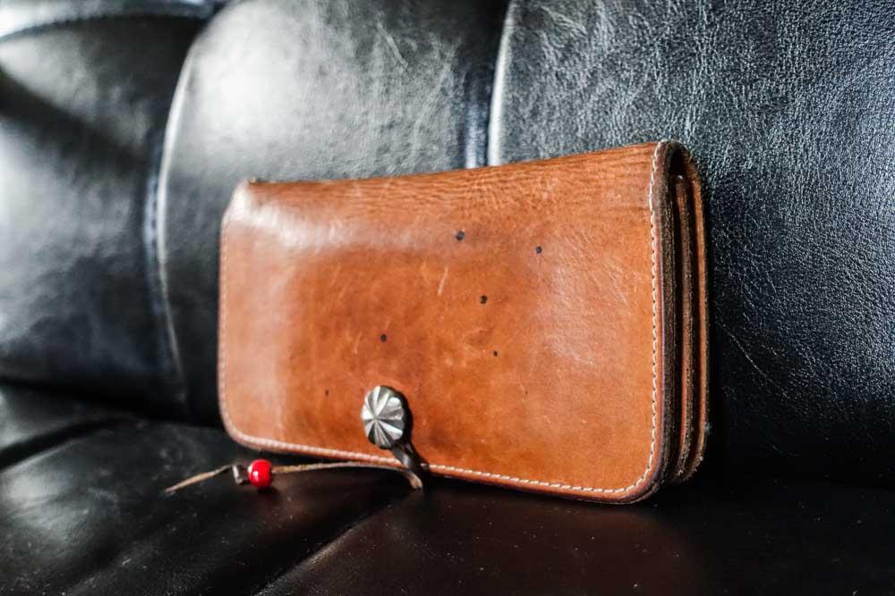 アティースの財布
