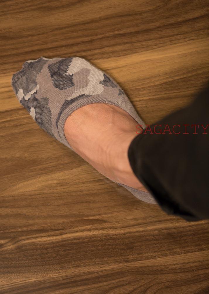 裸足に見える靴下