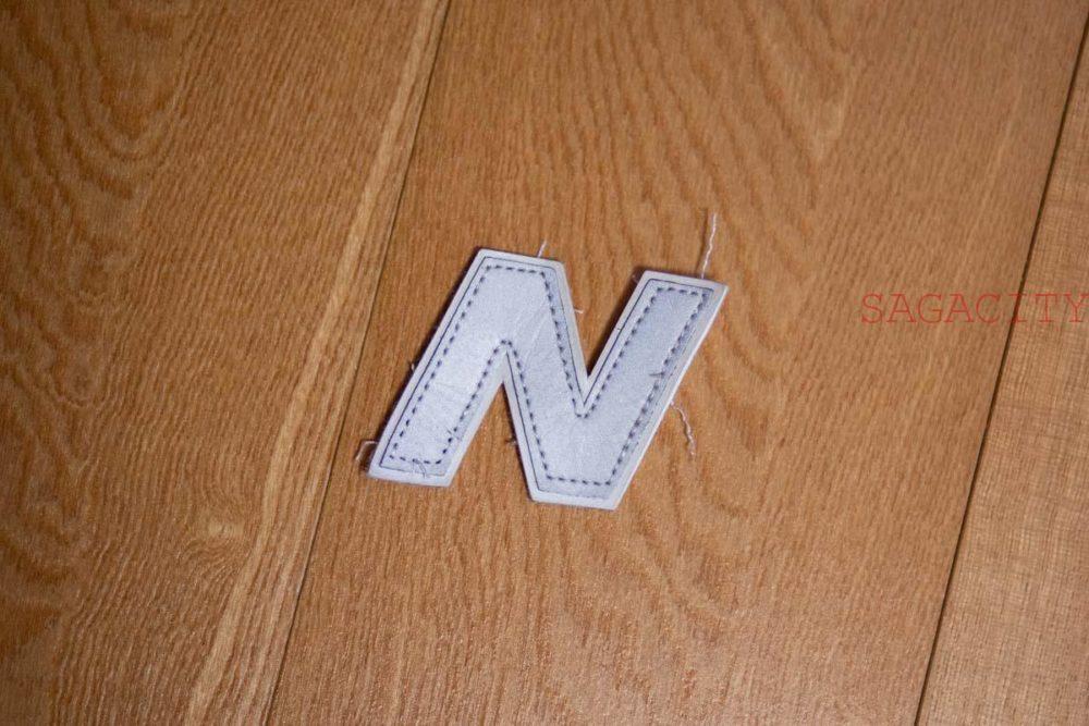 ニューバランスMRL996Nロゴ