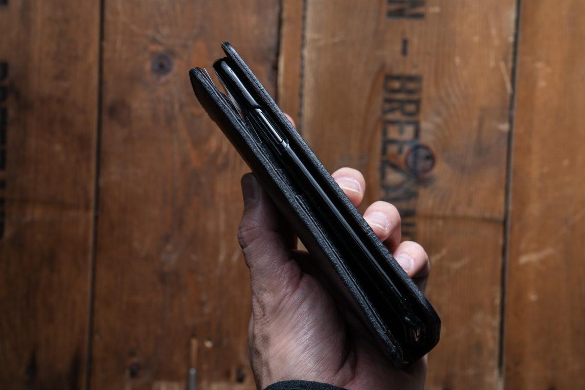 iPhoneXS スマホケース