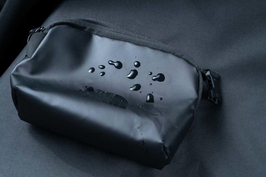 ノースフェイス小さなバッグ