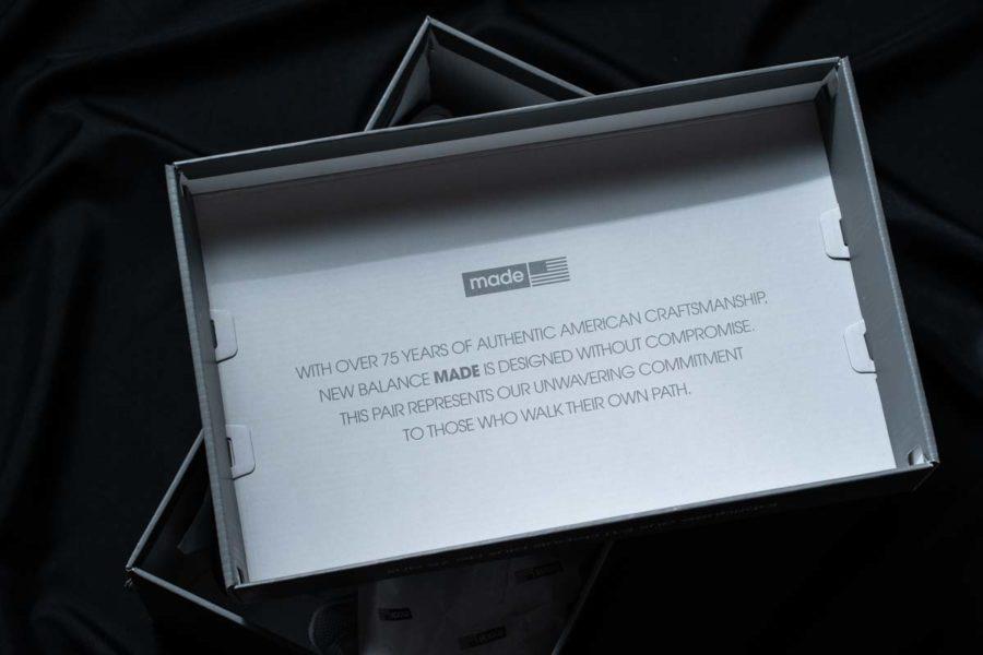 ニューバランスM990v5箱裏