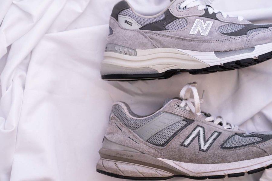 ニューバランスM992とニューバランス990v5