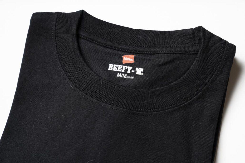 黒の長袖タイプのBEEFY 首元