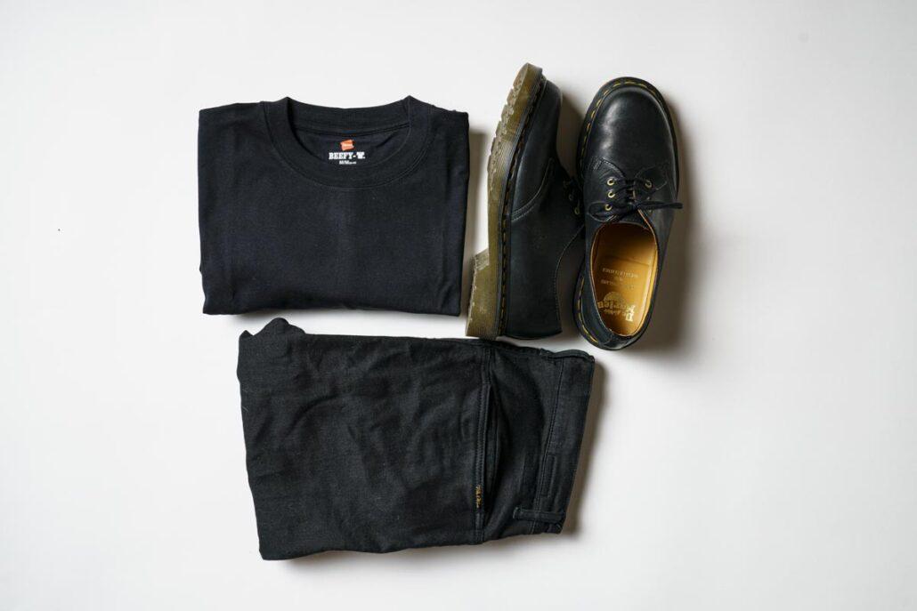 黒の長袖タイプのBEEFY コーディネート